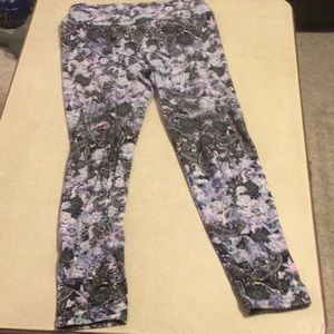 Leggings never worn up to size 8